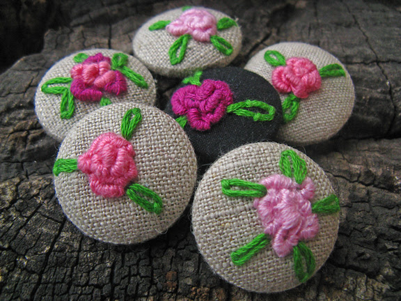 embroidered buttons roses