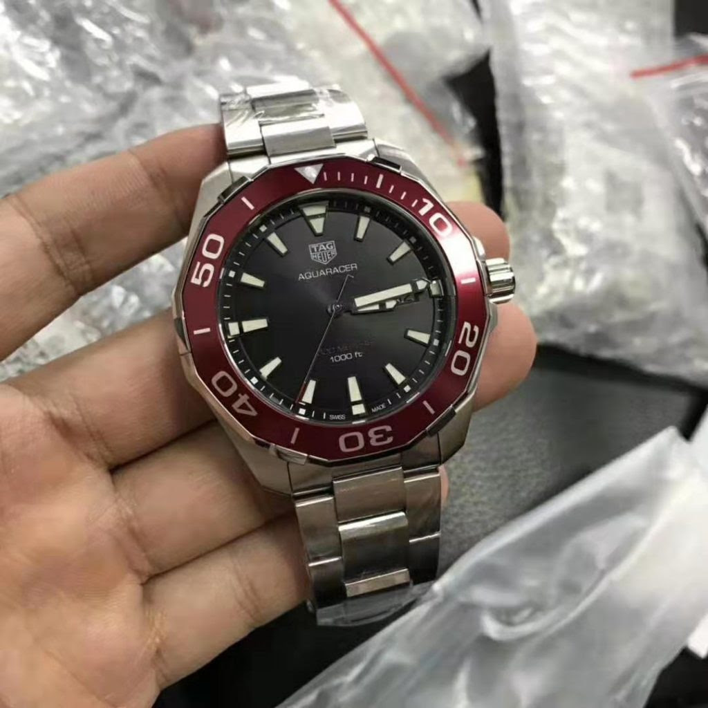 Replica Tag Heuer Aquaracer with Red Bezel