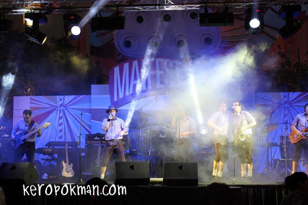 Maifest @ Clarke Quay by Erdinger