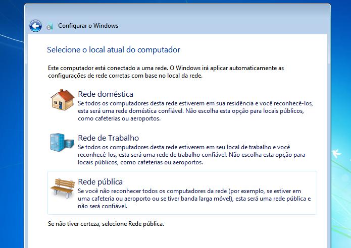 Escolhendo a configuração da rede do sistema (Foto: Reprodução/Edivaldo Brito) (Foto: Escolhendo a configuração da rede do sistema (Foto: Reprodução/Edivaldo Brito))