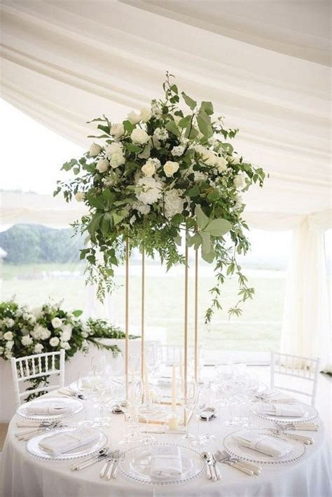 18 Elegant Wedding Centerpiece Ideas for 2018 Trends   Oh