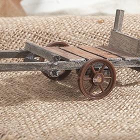 Carrito de madera de 13x5x5cm
