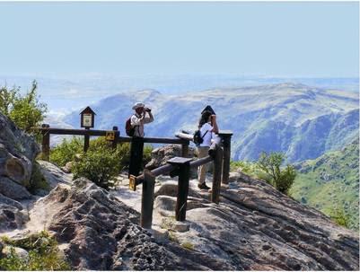 Miradores en la Quebrada del Condorito.