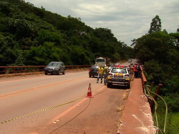 Segundo a polícia, queda foi de altura de 50 metros. (Foto: Reprodução/ TV Globo)