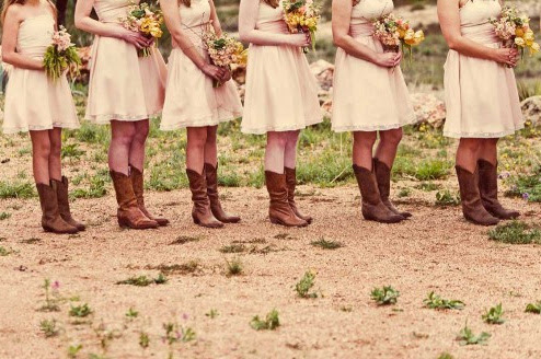 This type of wedding will allow you to be creative