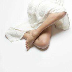 写真:むずむず脚症候群