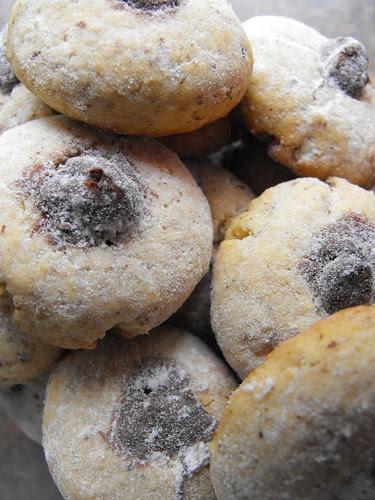 Biscoitos de avelã com chocolate
