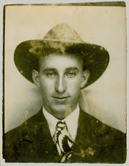Photobooth man with tie and hat