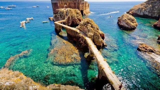 Limitan a 550 el número de visitantes diarios que pueden acceder desde ahora a la Reserva Natural de las Islas Berlengas (Portugal)