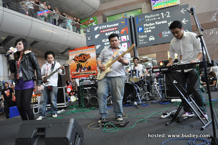 Band Juara - One 'E' And 'A'