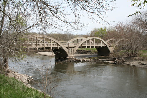 Rainbow Bridge over the Racoon River viewed from upstream
