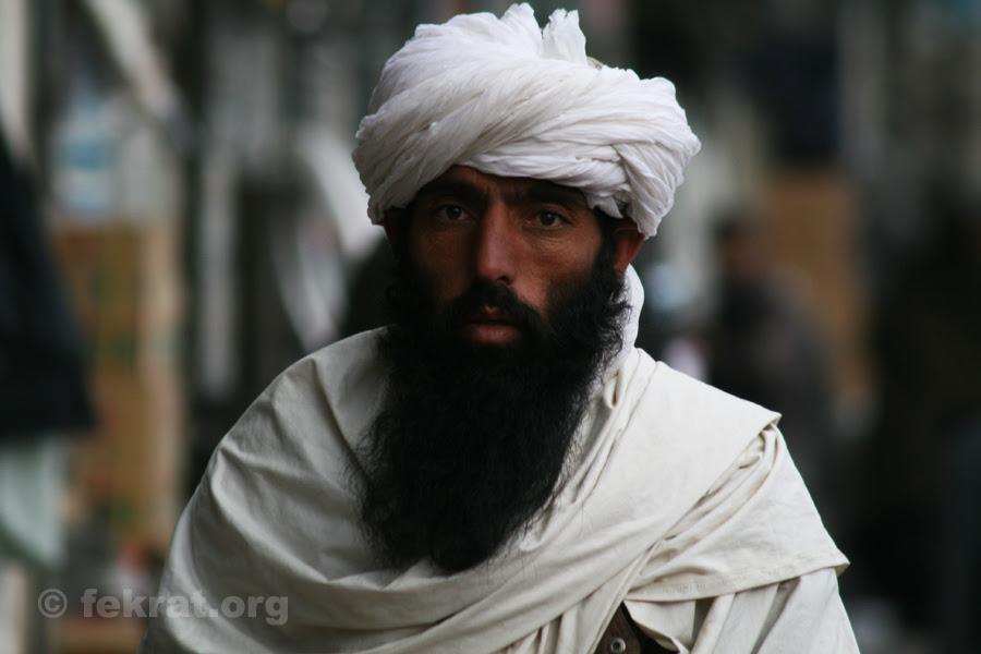 http://www.fekrat.org/wp-content/uploads/2012/06/man-with-beard-in-herat.jpg