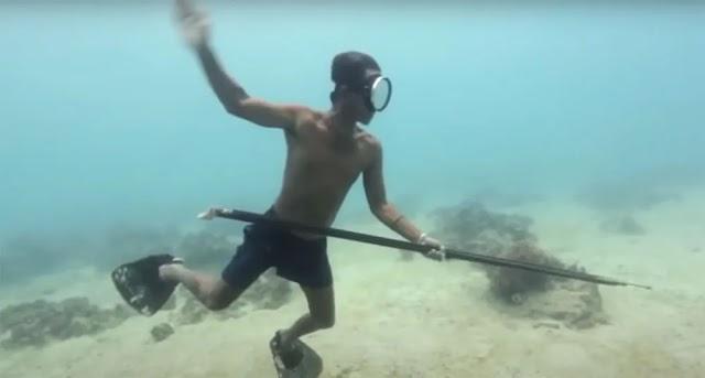 Λόγω μετάλλαξης έχουν αναπτύξει υπεράνθρωπα χαρακτηριστικά: Μπαζάου, οι νομάδες της θάλασσας, άνθρωποι αμφίβιοι - βίντεο