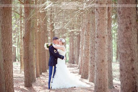 Rustic DIY Wedding Photography at Whispering Pines in