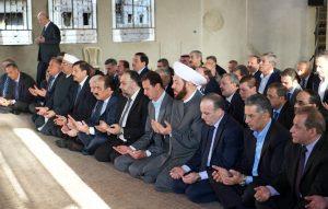 president-al-assad-eid-al-adha-prayers-daraya-5