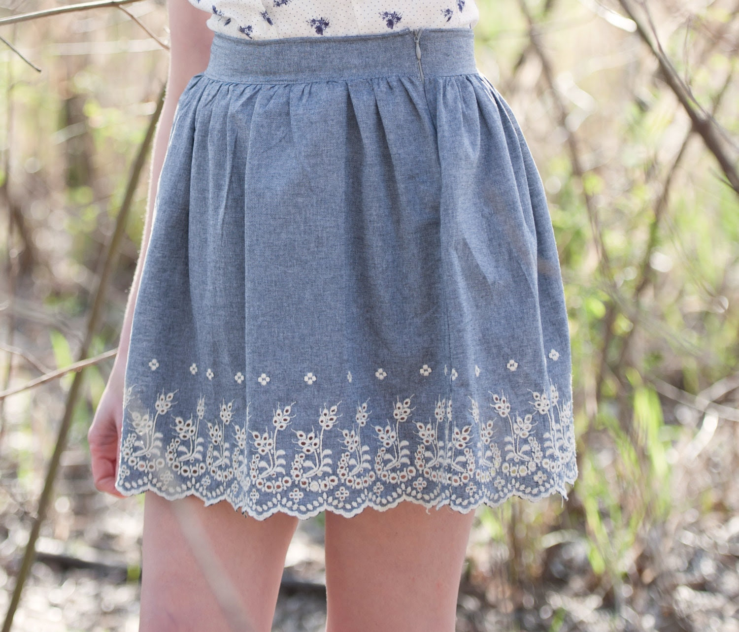 Vintage inspired lace skirt - denim blue with high waisted full pleated style scalloped edge, bohemian boho country farmer rustic - medium - Minxshop