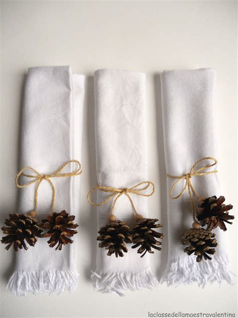 diy Wedding Crafts: Pine Cone Napkin Holders ? DIY