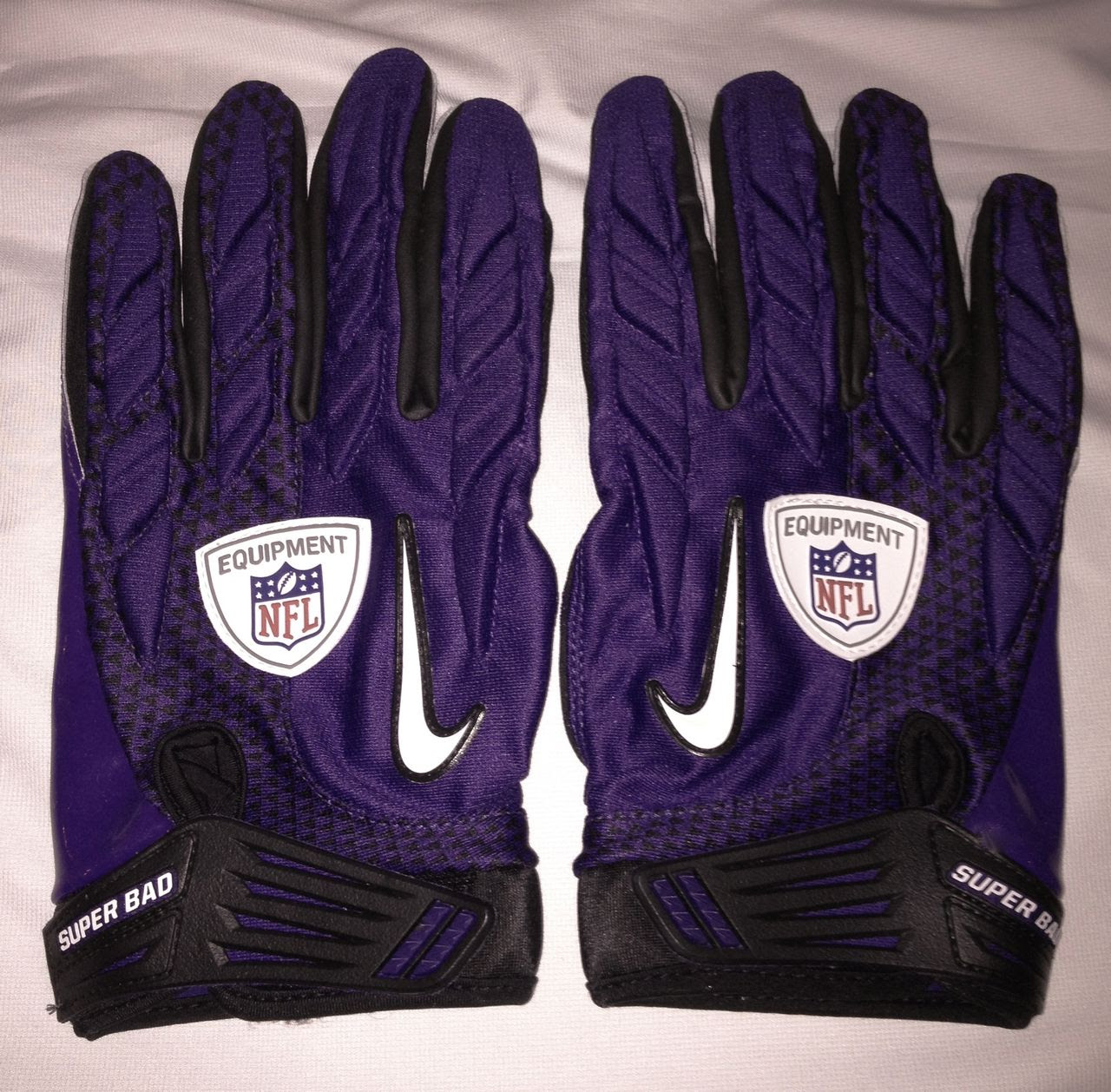NEW Mens 3XL NIKE SUPERBAD SG NFL Equipment PURPLE Football Gloves Super Grip