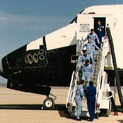Oct07-1985-STS51Jlanding