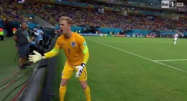 Χοντρό «χέρι» του Χαρτ στα… ball boys (video)