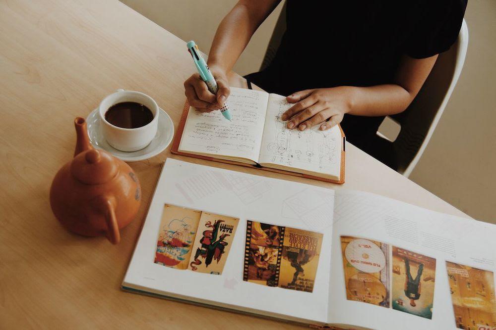 Contoh Kata Pengantar Makalah Bahasa Indonesia yang Baik dan Benar