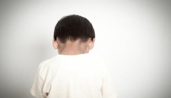 Resultado de imagen para Buscan a un hombre acusado de abusar de su hijastro de 9 años