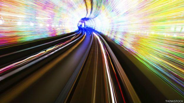 Japón prevé constuir la línea más rápida del mundo con tecnología de levitación magnética.