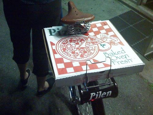 Pilen, Pizza