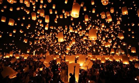 Floating lantern ceremony in Chiang Mai, Thailand