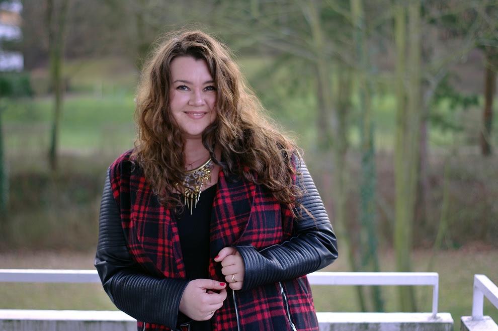 Große Größen Plus Size Fashion Blog missguided plaid jacket