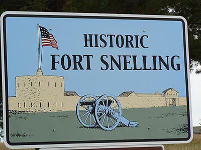 historic fort snelling.jpg