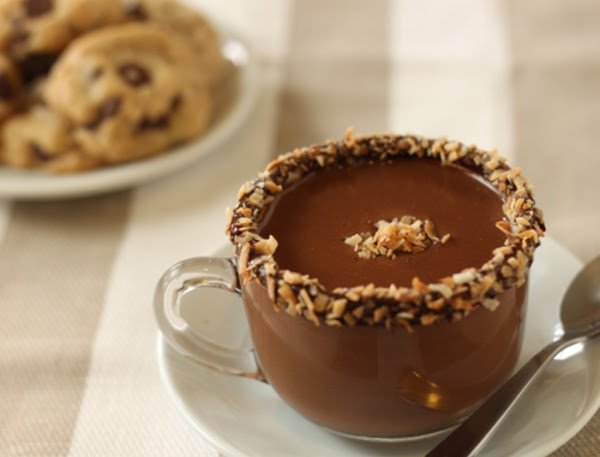 almond-joy-hot-chocolate