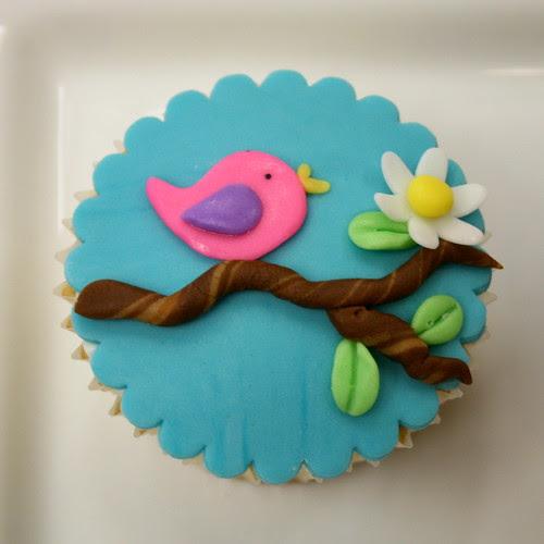 Bird Cupcake