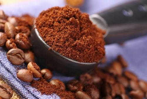 Όμορφες-με-κατακάθια-του-καφέ-1864x1256