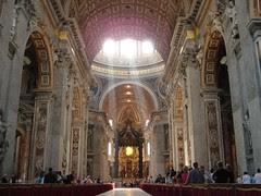 Dalam St Peter's Basilica, Vatican City