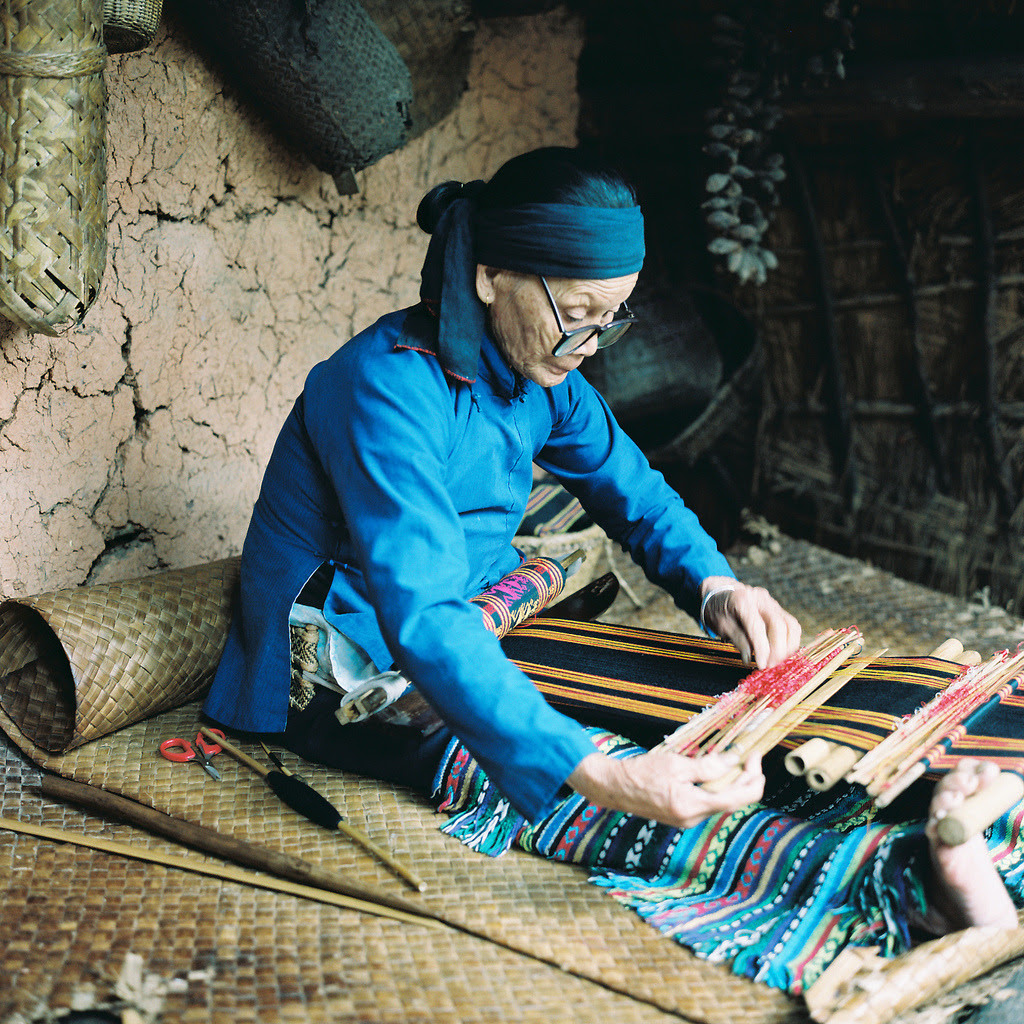 weaving (via 【 ken 】)