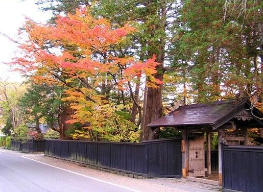 http://www.kakunodate-kanko.jp/bukeyashiki.html