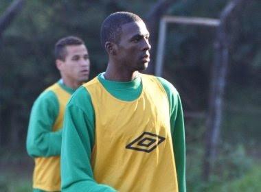 A pedido de Jorginho, Bahia contrata atacante Thuram, da Chapecoense