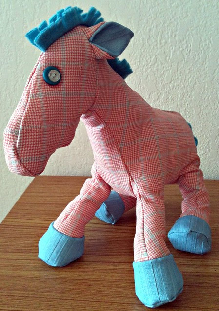 A pink plaid horse?