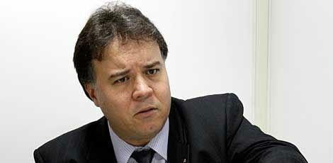 Segundo o presidente da OAB-PE, Pedro Henrique Alves, a iniciativa tomada pela instituição possui natureza pedagógica / Foto: JC Imagem