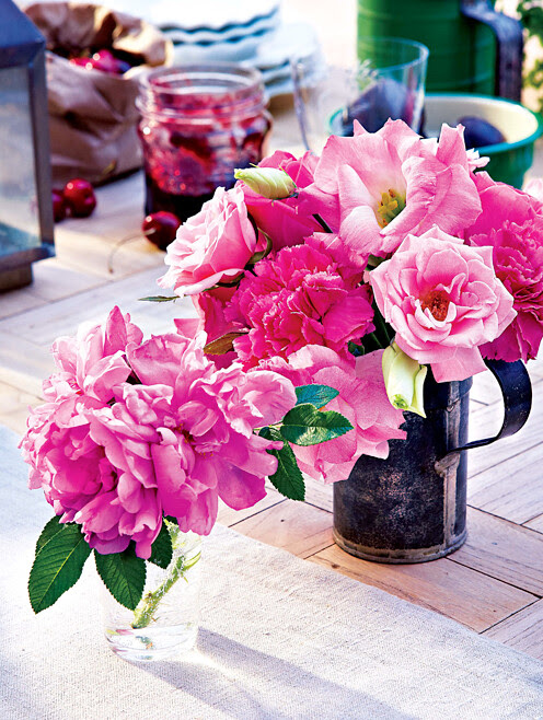 1-Beautiful Blooms for your home 2 - Interior Design via styleathome
