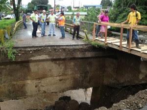 Fuertes lluvias provocan daños en puentes y casas de la Zona Norte