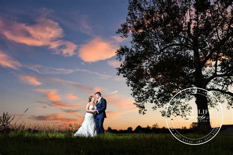 Fall Wedding with Sunflowers at the Scioto Reserve Country