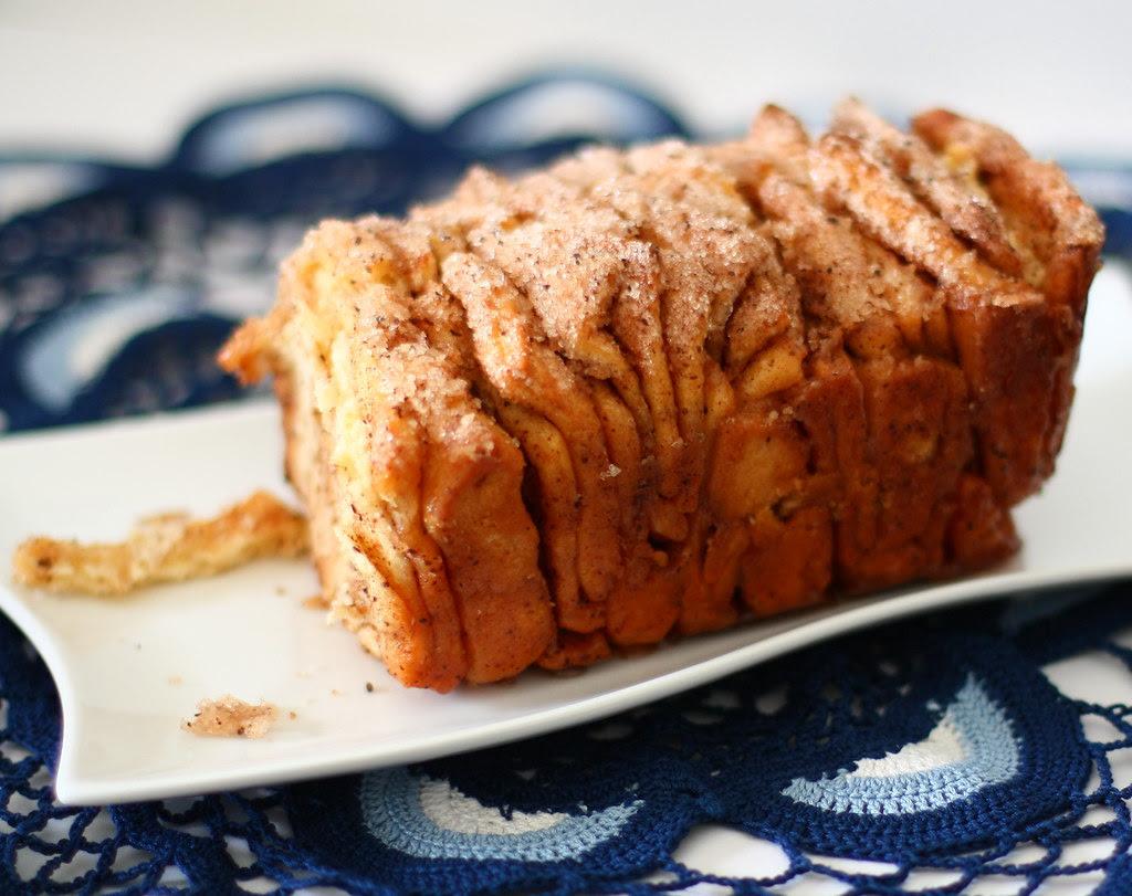 Cinnamon Sugar Pull-Apart Bread