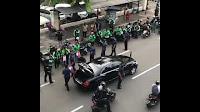 Viral Jokowi Bagi Sembako dari Mobil, Publik Sekelas Dia Caranya Begini
