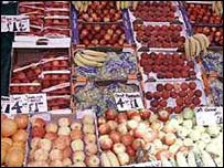 Fruit helps prevent eye disease