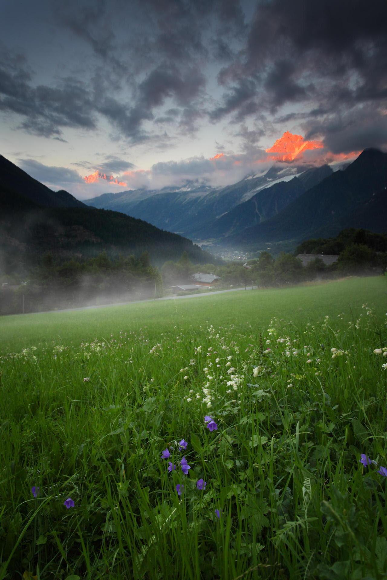 sundxwn: Chamonix door Emmanuel verzura