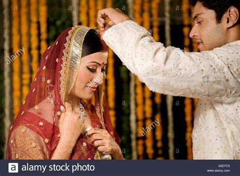 Hindu Marriage Ceremony Stock Photos & Hindu Marriage