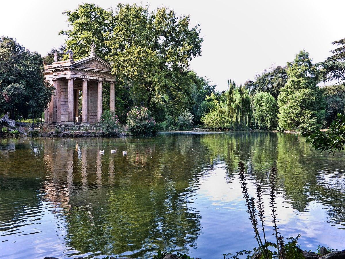 Fil: Rome-VillaBorghese-TempleEsculape.jpg