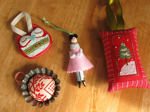 trim the tree swap ornaments received